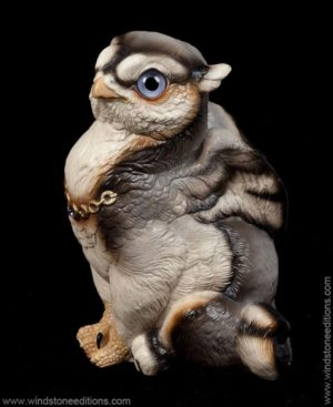 Sitting Griffin Chick - Silver Wolf color