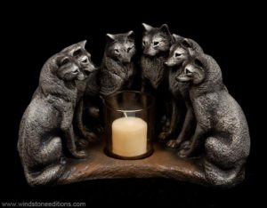 Wolf Council Candle Lamp